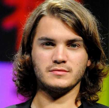 Long Hairstyles for Round Face Shape Male-12