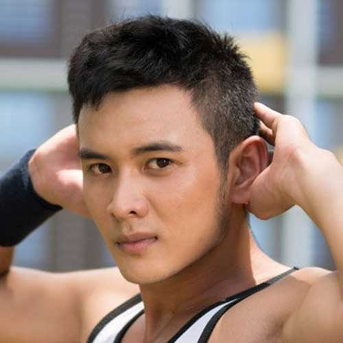 Hairstyles for Round Face Shape Asian Male-17